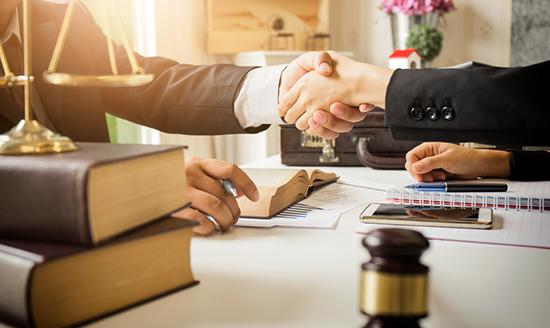 Luật sư tố tụng trong vụ án Dân sự Đà Lạt